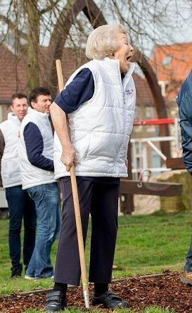 BBW Dutch MILF Outdoors In Holland