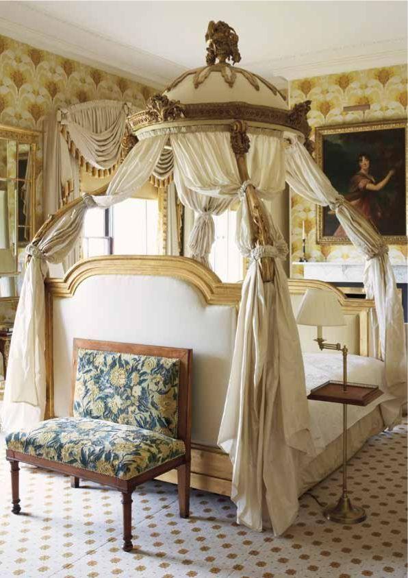 25+ Best Ideas About Antique Bedrooms On Pinterest