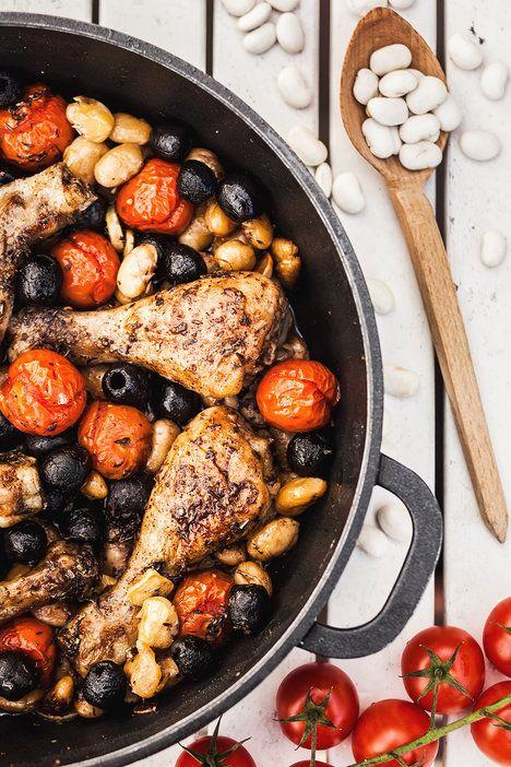 Kuře pečené s fazolemi, rajčátky a olivami :o)