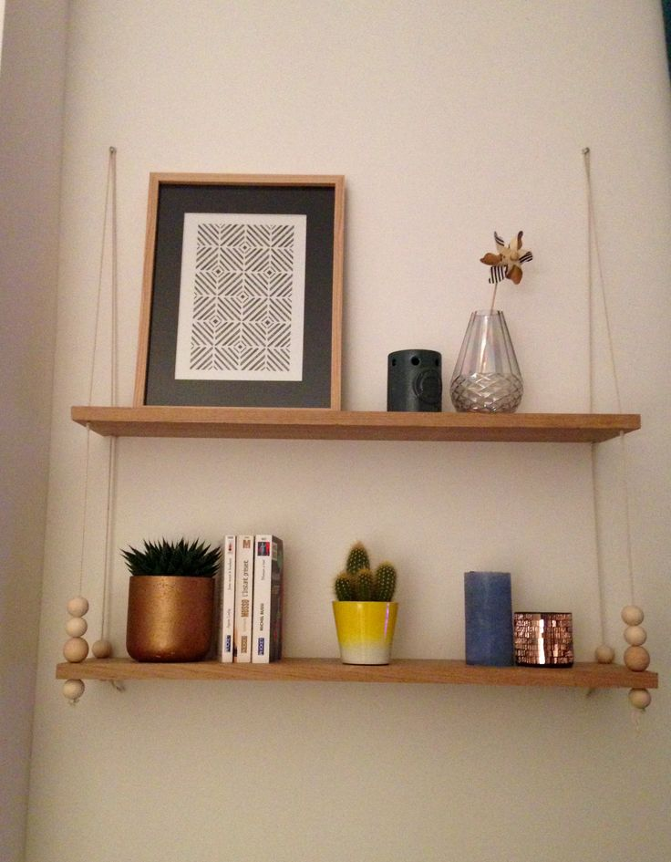Étagère balançoire, décoration scandinave