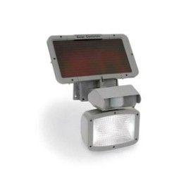 Projecteur extérieur solaire permettant d'éclairer sa grille d'entrée ou son abri de jardin grâce au détecteur de présence