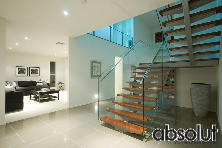 Internal Glass balustrades provide safety with a clear view of the surrounding area. Absolut Custom Glass System offers all varieties of glass balustrades in Gold Coast, Brisbane and Byron Bay areas.