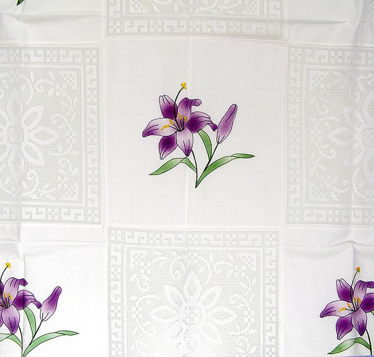 Airy Table Topper