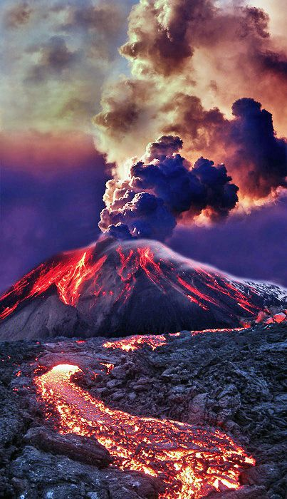 Eruption - Mt Etna, Sicily Italy. I simply love these colors. But even it seems so beautiful, I wouldn't want to be there.