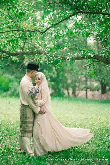 gambar kahwin ezani