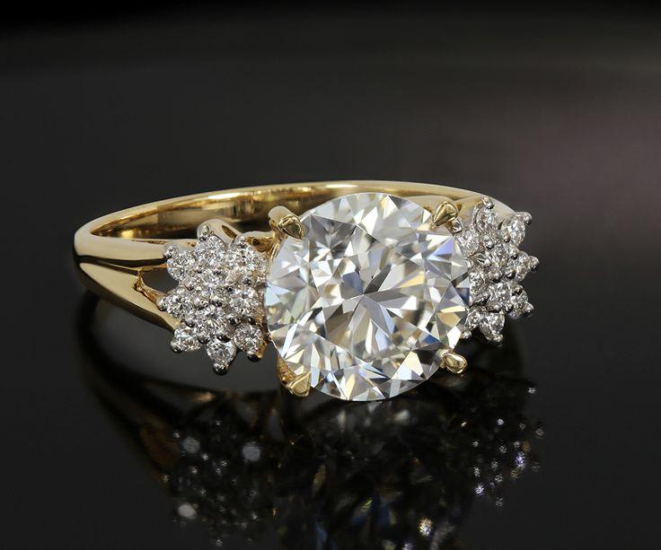 Trouvez votre alliance ou votre bague de fiançailles chez Juwelo, votre bijouterie en ligne
