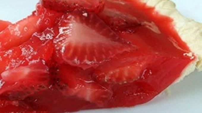 This gelatin pie filled with fresh strawberries is a classic taste of summer.