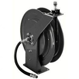 The ratcheting system on this heavy duty garden hose reel holds the length of the hose until you give a slight tug.  When you're done, give another tug and the reel retracts automatically. Built to last, this industrial strength reel helps reduce down time and increase productivity.
