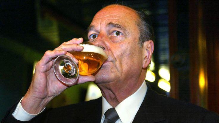 Jacques Chirac, bon vivant, apprécie particulièrement la Corona, une bière mexicaine. Lorsqu'un quotidien tchèque lui demande en avril 1997 pourquoi il préfère la bière au vin, il explique que «cela désaltère (...) et il n'y a pas trop d'alcool dedans, beaucoup moins que dans le vin. Alors on peut boire davantage».