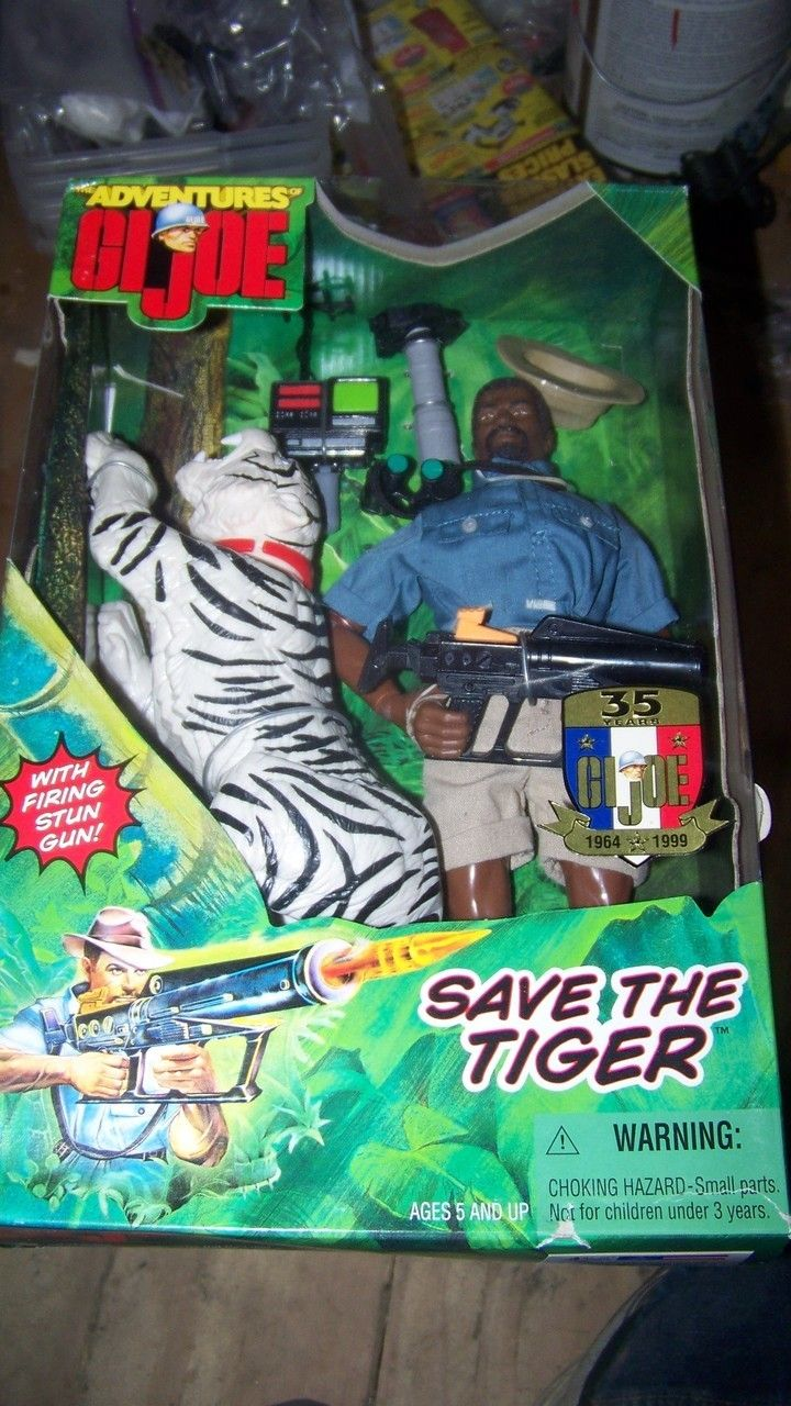 The Adventures of G.I.Joe AA Save the Tiger 12 Inch Action Figure Adventure Set NRFB