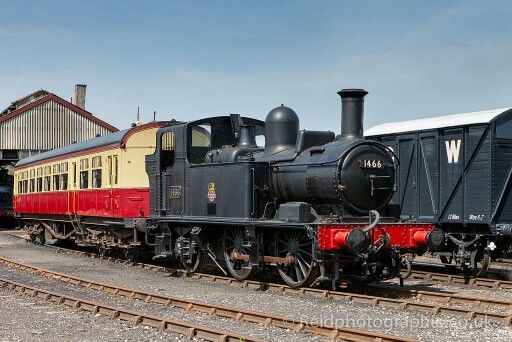 BR (GWR)1400 class  0-4-2 T