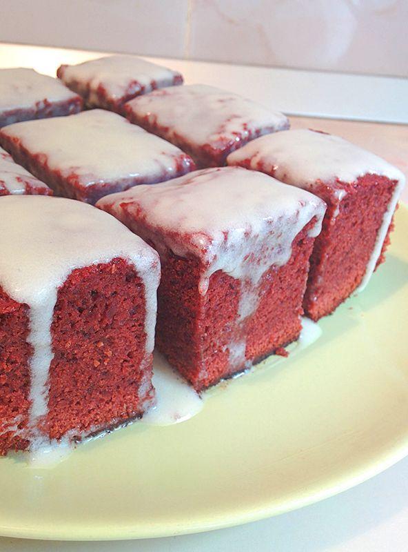 Red velvet brownie  #redvelvet #brownie #topping
