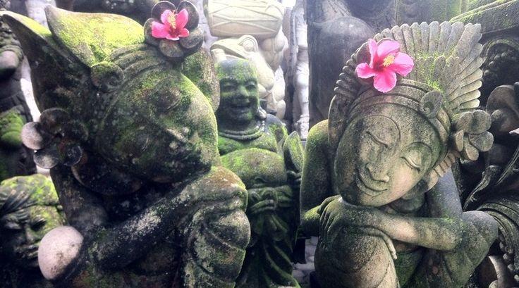 In de film 'Eat, Pray, Love' gaat Julia Roberts op zoek naar zichzelf... Ook op Bali. Reporter Annetta heeft hier niet alleen een perfecte vakantie gehad en heeft de 'pure' Bali ontdekt. Is zo'n avontuur iets voor jou?