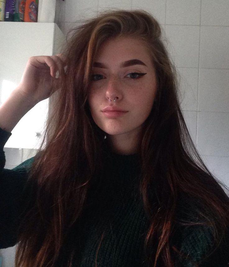 "8,518 Likes, 51 Comments - skye 🌹 (@skye.lw) on Instagram: ""low quality cute jumper selfie"""