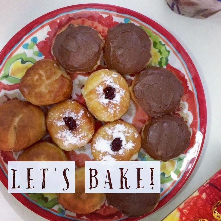 #Декабрь #зима #холод... хочется засесть у камина и пить #чай с пончиками . К слову о пончиках наверное не я одна думаю что пончики  это довольно калорийное блюдо а значит к нему нужно относится #осторожно;). Только вот у меня есть секрет  #рецепт пончиков в духовке.  И #сегодня особенно охота #поделиться им с вами! #ссылкавпрофиле Ваша @mamadama.info  http://ift.tt/2iwx4Br #mamadamaclubnews #пончики #рецепты #ханука #суфганиет #домавкуснее #мама #мамаповар #мамаможетвсе #легкиедесерты…
