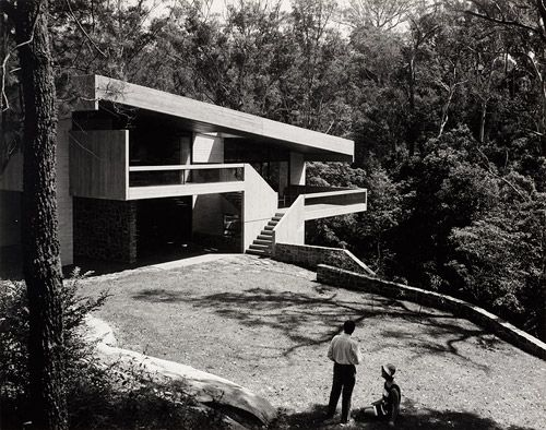 Seidler house, Killara, by architects Harry & Penelope Seidler, 1967. Photograph by Max Dupain