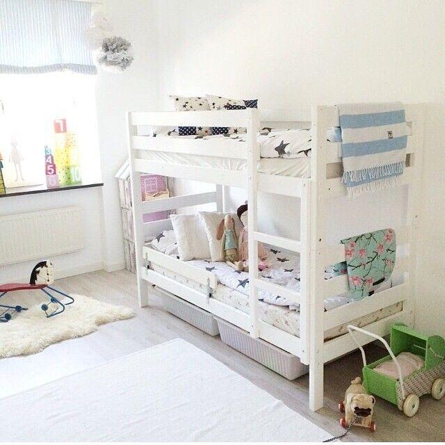 25 best ideas about ikea bunk bed on pinterest ikea bunk beds kids ikea bunk bed hack and - Kinderkamer arrangement ...