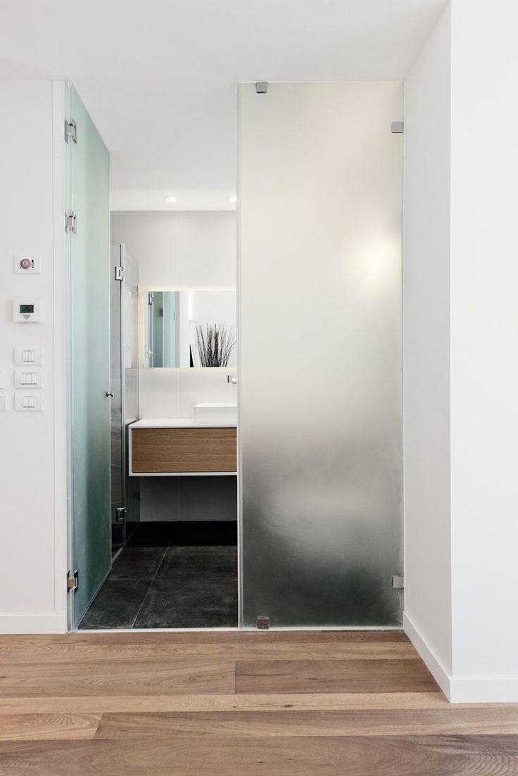 Apartments, Comely Modern TLV Project By The Gamma Arc Group In Tel Aviv  Featuring Interior Design With Bathroom Door, Parquet Floor And Wall  Mirror: ...