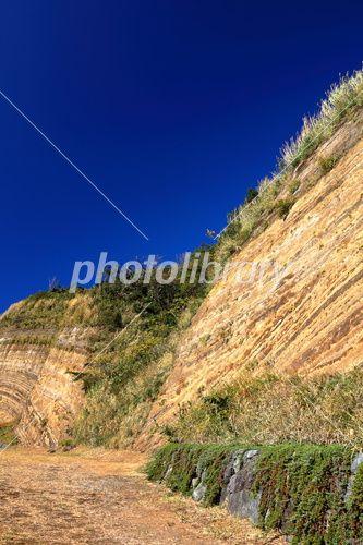 伊豆大島の地層断面。伊豆大島の観光スポット