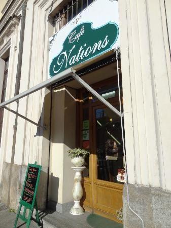 Ti do il voto ::: La tua opinione su quello che vuoi: Opinione 039 ::: Cafè Nations Torino