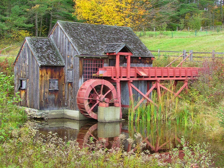 Water Wheel on Victory, Vermont, USA