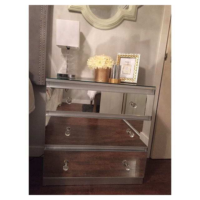 Best 25+ Mirrored side tables ideas on Pinterest   Mirror ...