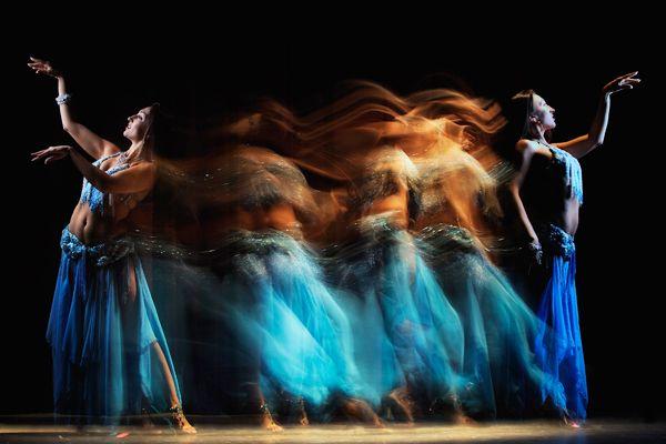 Dancing in Dubai by Joe Mcnally.
