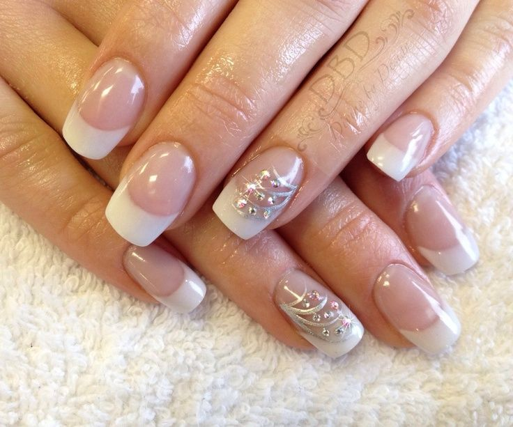French manicure with nail art on one nail