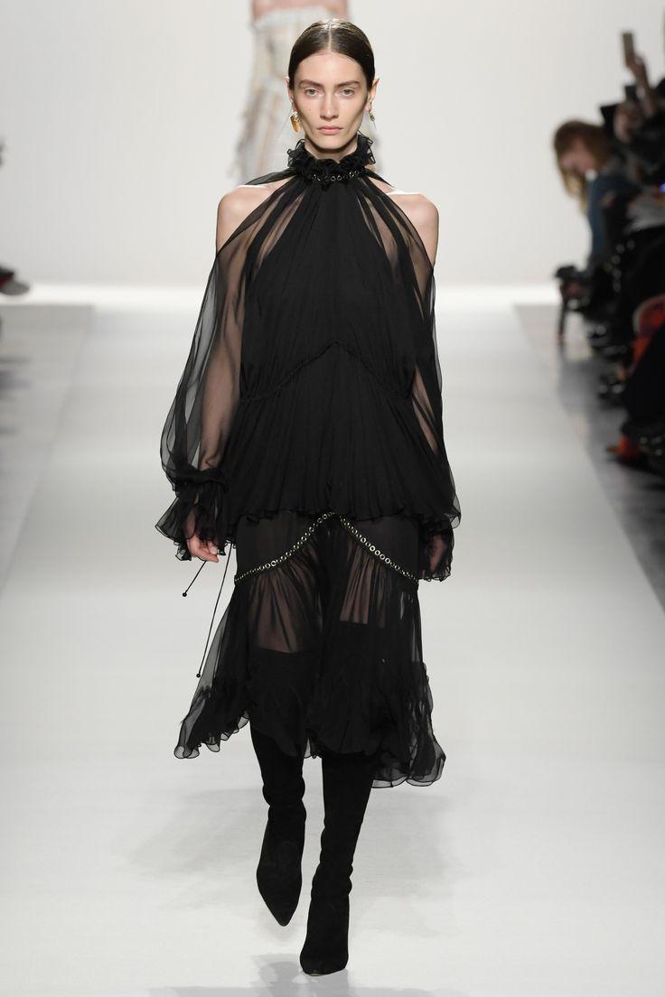 Jonathan Simkhai Fall 2017 Ready-to-Wear Fashion Show - Marine Deleeuw