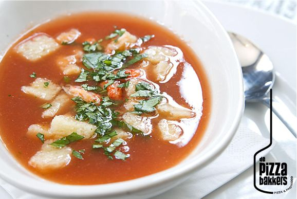 Zuppa di pommodoro fredda | tomatosoup, croutons, crayfish #depizzabakkers