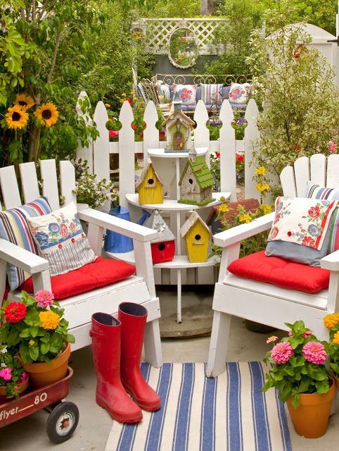 25 best ideas about outdoor sitting areas on pinterest garden