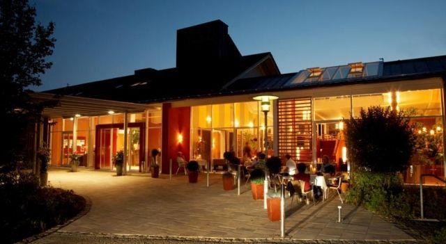 Vitalhotel Bad Birnbach - 4 Star #Hotel - $87 - #Hotels #Germany #BadBirnbach http://www.justigo.uk/hotels/germany/bad-birnbach/vitalhotel-bad-birnbach_205115.html