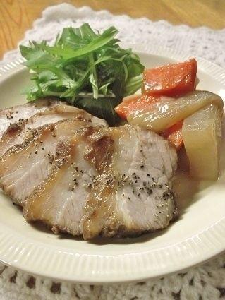 簡単♪柔らか~♡ 圧力鍋で 焼き豚風のブロック肉&大根 ☆スパイス ...
