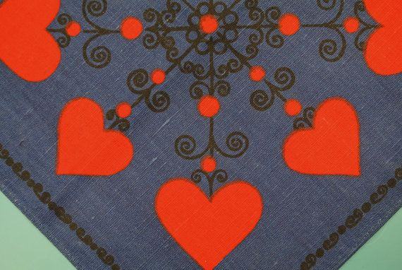 Swedish retro vintage 1960s printed Christmas red heart design motive cotton tablet tablecloth with dark blue bottomcolor