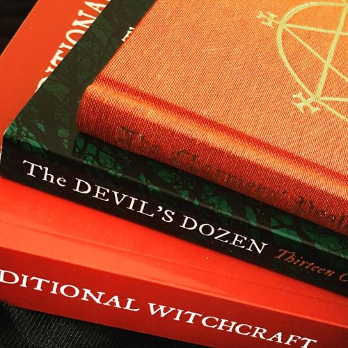 Good news! …the exchange rate is now favourable and the Muses are able to pass this saving onto our customers for all Troy books ….come by and browse our selection…..#magickal #pagan #divination #spells #magick#oldways#oldpath #witch #witchcraft#traditionalwitchcraft #wicca#occult#books #occultbooks #hedgewitch#blacktoad #gemmagary #troybooks #cornishwitchcraft #cornwall #nicholasbuilding #nicholasbuilding2ndfloor #melbourne #grimoire (at Muses of Mystery)