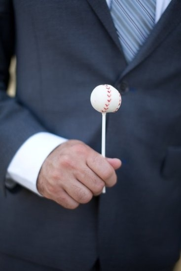 I WILL have baseball theme somewhere at my wedding or reception.... So baseball cake pops are a must!