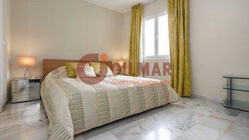 #Vivienda #Malaga Duplex en venta en #Marbella zona muelle ribera #FelizViernes - Duplex en venta por 560.000€ , buena, 2 habitaciones, 145 m², 2 baños, exterior, con ascensor, garaje 1 plaza/s, calefacción a/a frio - calor