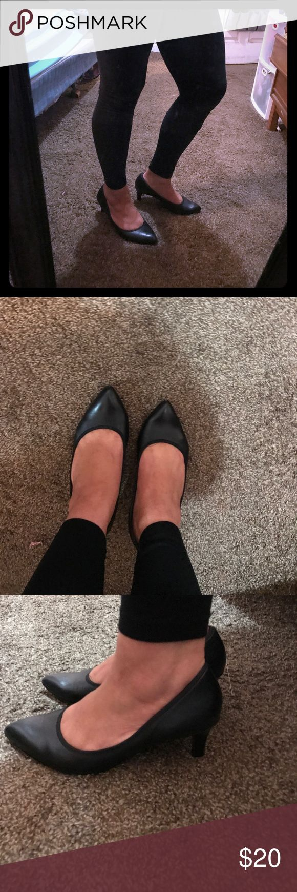 Naturalizer Black heels size 8.5 Cute black heels only wore once size 8.5 they are super comfy and true to size Naturalizer Shoes Heels