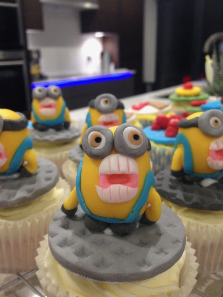 These Minion cupcakes have real bite!