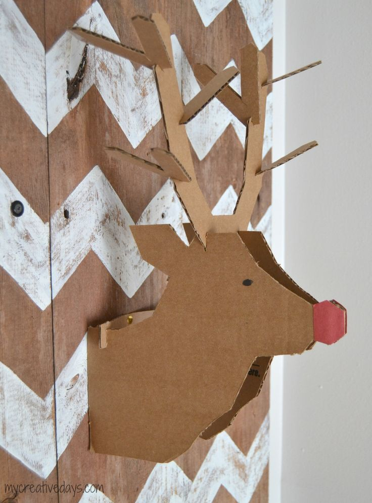 DIY reindeer head made out of cardboard- brilliant and fun!