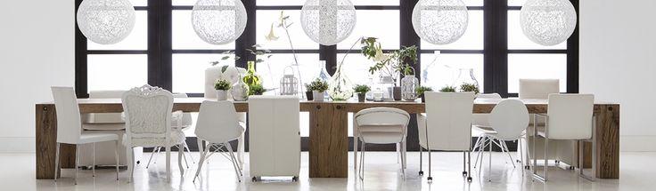 Eetkamertafel en verschillende eetkamerstoelen bestel het for Goossens interieur
