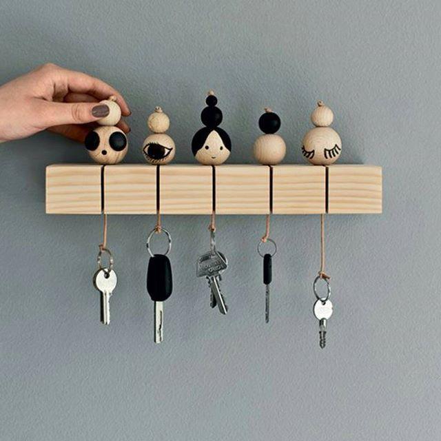 Så läcker nyckel hållare Kanske jag pysslar ihop en liknande en dag... #pyssel #repostpinterest #pinterestinspired #doityourself #diyproject