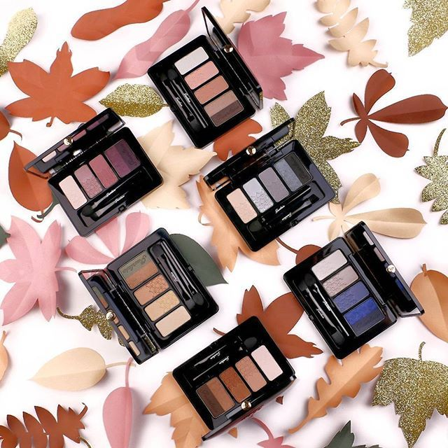 Want sparkling eyes? This #fall, Guerlain offers six essential and comprehensive eye palettes based on must-have shades to match your mood. The finest it-accessory to be unfailingly chic!