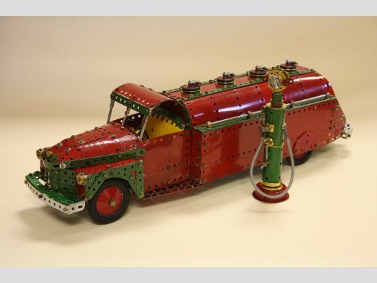 Meccano Petrol tanker and pump by Tony Seed