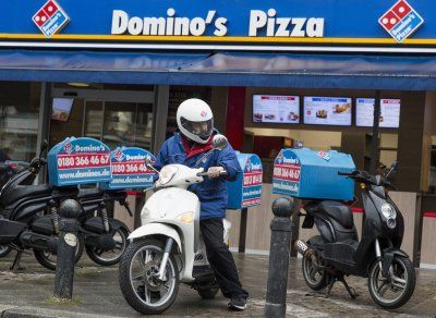 Hacker finds flaw in Domino's Pizza app earning him free deep crusts for life