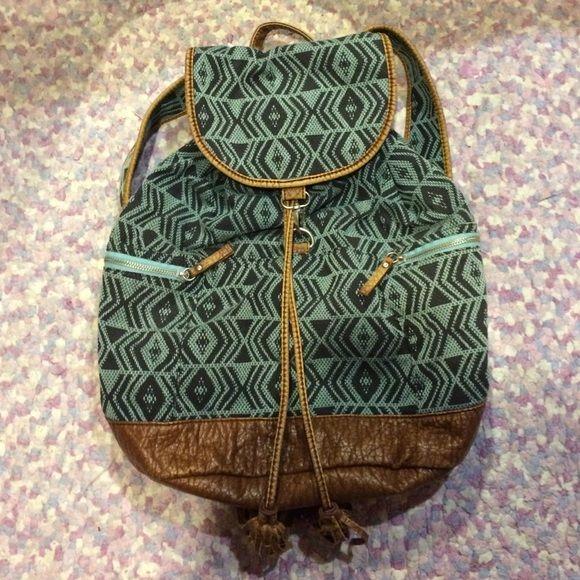 Southwestern Aero book bag Book bag from Aeropostale, in very good condition! Aeropostale Bags Backpacks