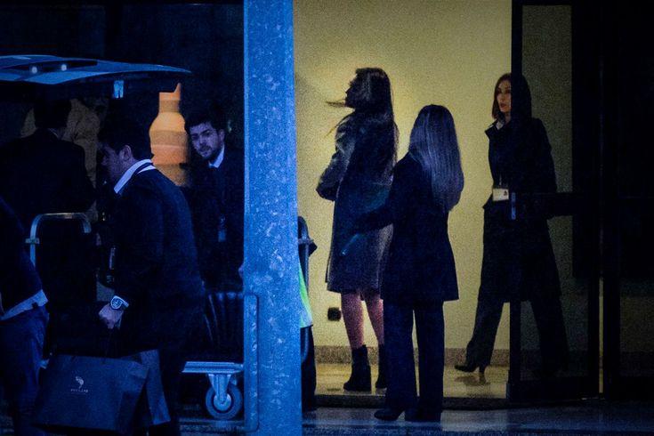 Cristiano Ronaldo festejou o 32.º aniversário com a namorada, Georgina Rodriguez, num hotel em Vila Nova de Gaia.