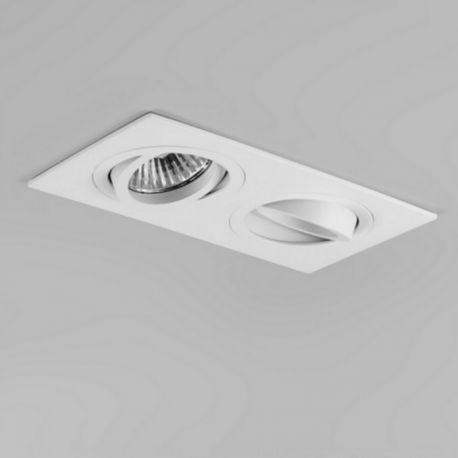 Simple et commode, ce spot orientable de la marque Astro Lighting répond à tous vos besoins en matière d'éclairage. Il est parfait pour une salle de bain ou tout autre pièce.