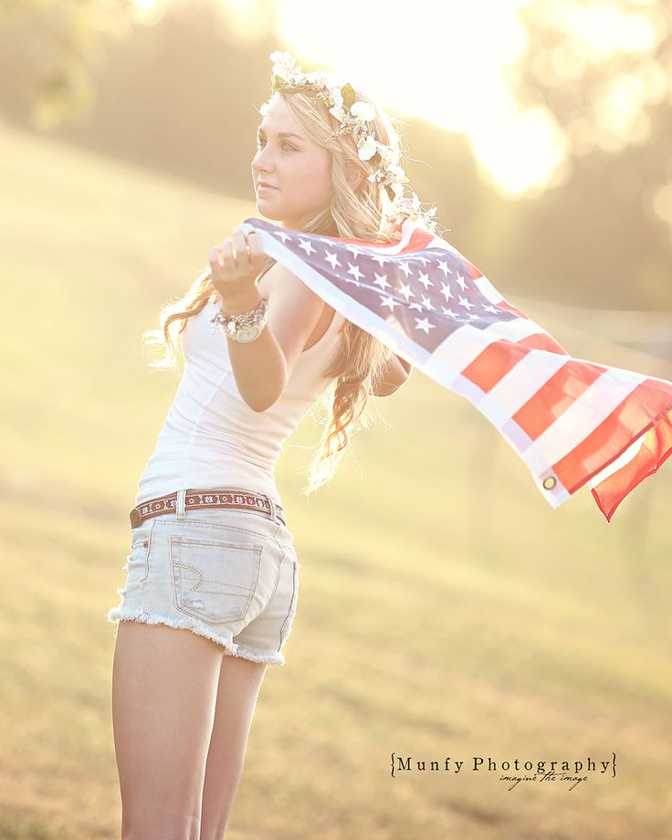 Be Creative on your high school senior photo shoot!  Cool Photo for boyfriend in the military!