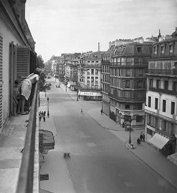 Paris 40s  Libération Photo:Serge de Sazo